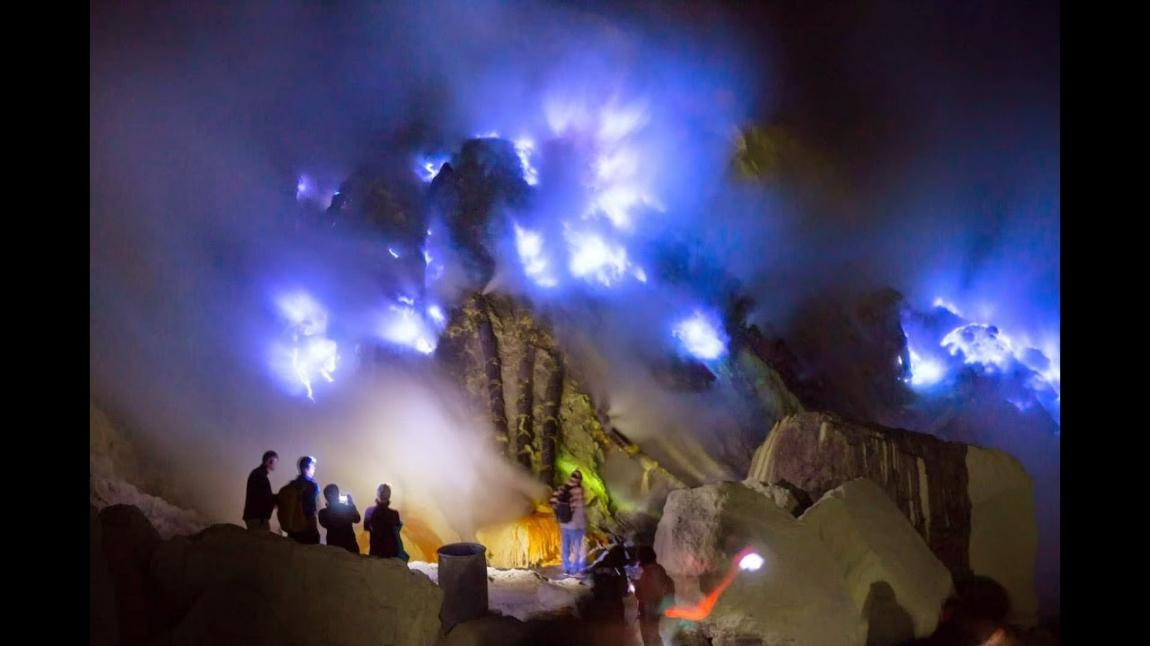 Kawah Ijen, The Biggest Crater In Java